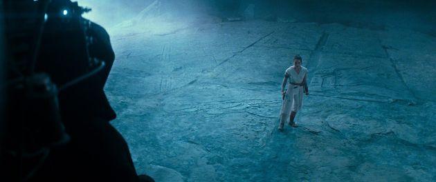 Star Wars 9 The Rise of Skywalker donne beaucoup de réponses mais soulève tellement plus de