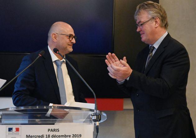 Laurent Pietraszewski et Jean-Paul Delevoye, lors de la passation de pouvoir au poste de secrétaire d'Etat...