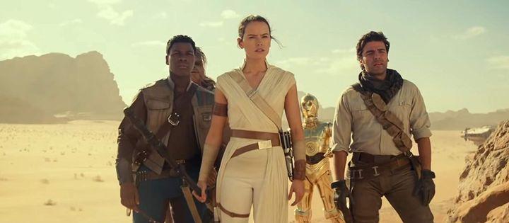 Los actores John Boyega, Daisy Ridley y Oscar Isaac protagonistas de 'El ascenso de Skywalker'.