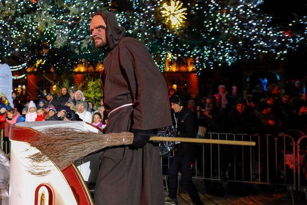 Οι καλικάντζαροι και άλλες πέντε «τρομακτικές» Χριστουγεννιάτικες παραδόσεις απ' όλο τον