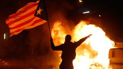 Une cinquantaine de blessés dans des heurts entre indépendantistes et police pour le Clasico à