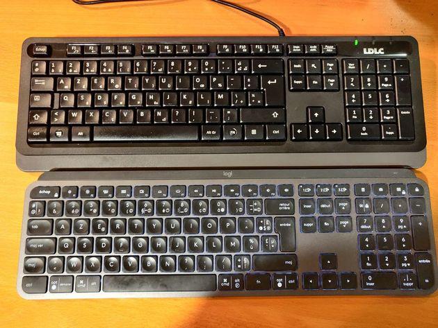 Les deux claviers LDLC (en haut) et Logitech (en bas) semblent identiques, et