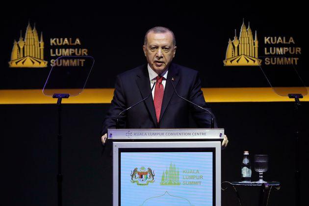 Νέο κύμα προσφύγων από τη Συρία έρχεται στην Τουρκία, είπε ο
