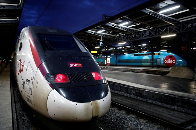 La SNCF prévoit 4 TGV et Intercités sur 10 les 23 et 24 décembre (photo d'illustration...