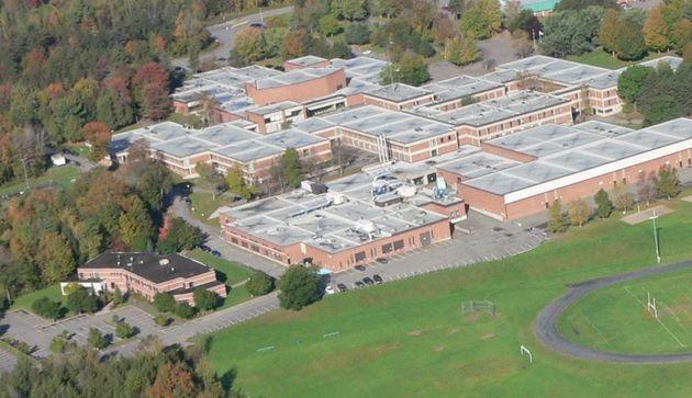 École secondaire Massey-Vanier,Massey-Vanier High School et Campus