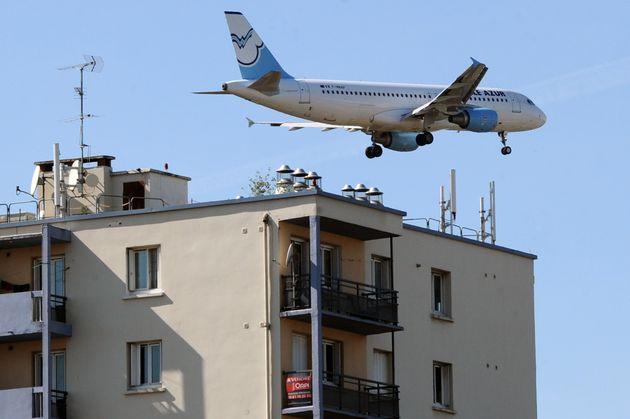 Un avion à proximité de l'aéroport de Toulouse, le 2 octobre