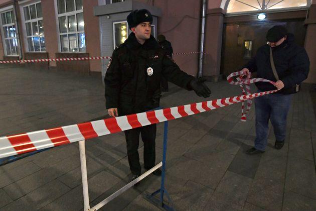Μόσχα: Πυροβολισμοί με νεκρούς και έκρηξη στην έδρα της Ρωσικής Υπηρεσίας