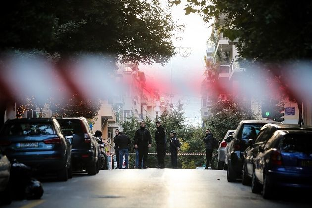 Κολωνάκι: Συναγερμός με ύποπτο αντικείμενο - Σπεύδει επι τόπου το