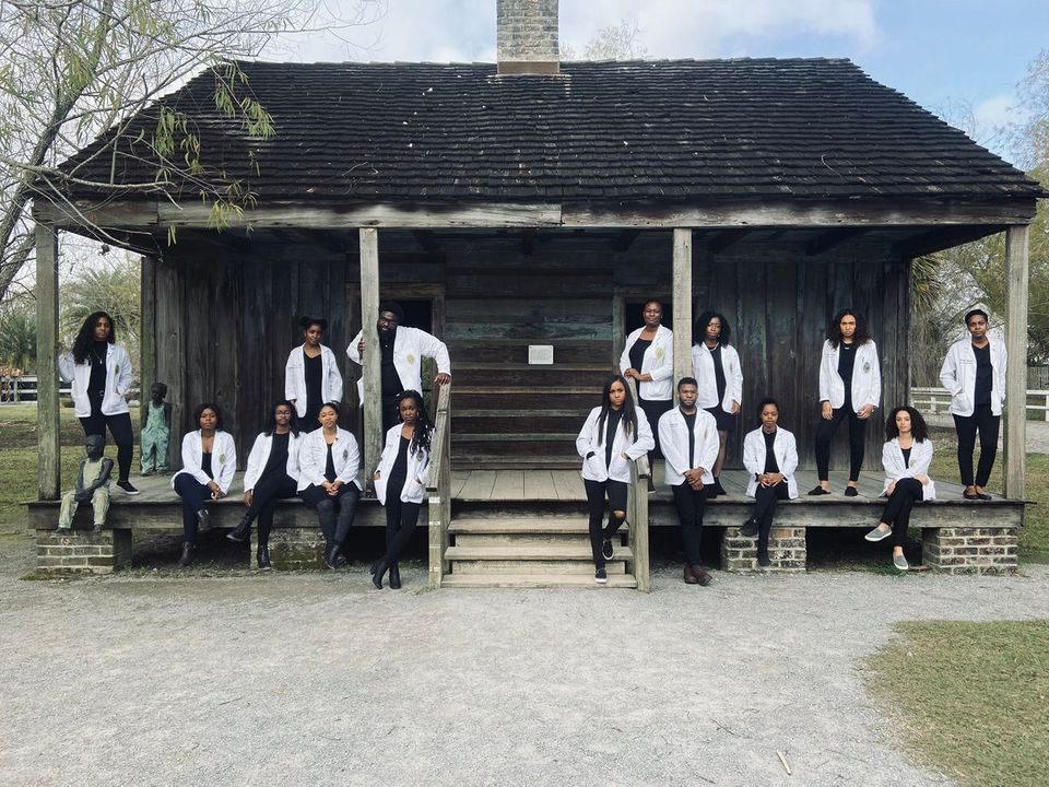 The Inspirational Story Behind Black Medical Students Photo On Former Slave Plantation