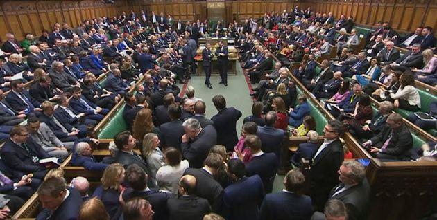 Stavolta Westminster vota sì sulla