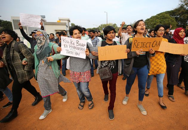Protesta en Bangalore (India) contra la controvertida ley de