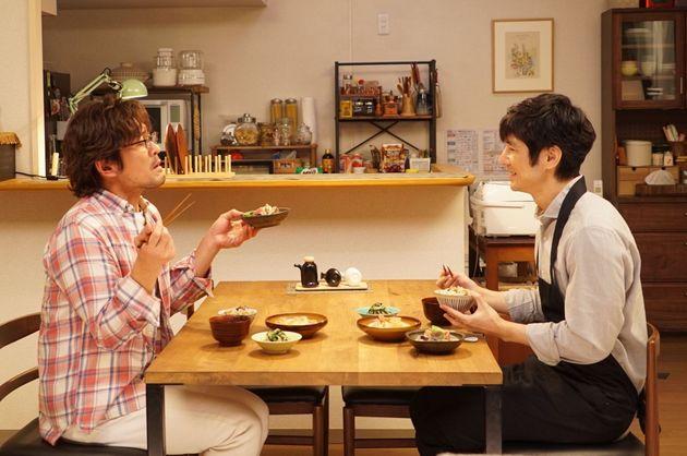 筧史朗(西島秀俊さん=右)と矢吹賢二(内野聖陽さん=左)