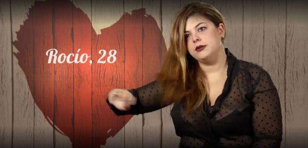 Rocío, llorando en 'First Dates', se ha librado para su suerte de cenar con José