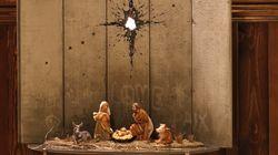 Banksy dévoile sa crèche de Noël emmurée à