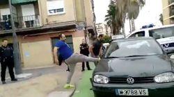 Surrealista momento en un control de tráfico en Valencia: les para la Policía y comienzan a destrozar su