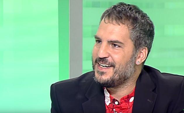 Al escritor Antonio Agredano le ha ocurrido lo peor que le puede pasar a alguien el día de la