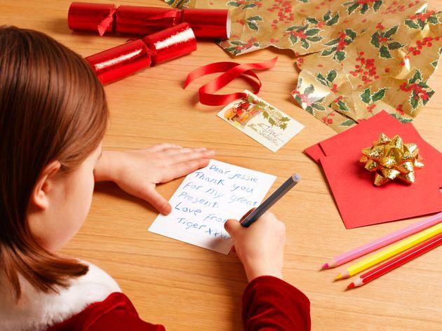 Βρετανία: Χριστουγεννιάτικη κάρτα αποκάλυψε σκάνδαλο εργασιακής εκμετάλλευσης στην