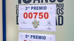 Un hombre gana 18 millones de euros al comprar 36 series del tercer premio: se gastó 7.200