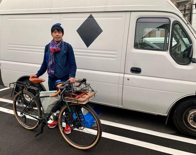 西川昌徳さん 旅をしていないときはバンライフをしているという。