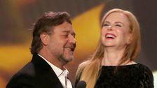 Russell Crowe Dank Airline Für Ein