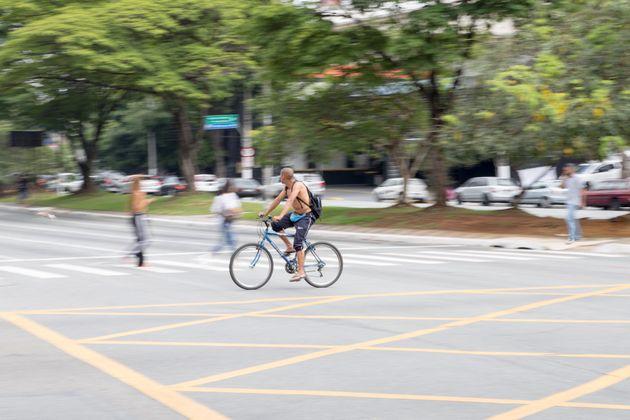 A bike também é um dos modos de transporte que pode se conjugar à