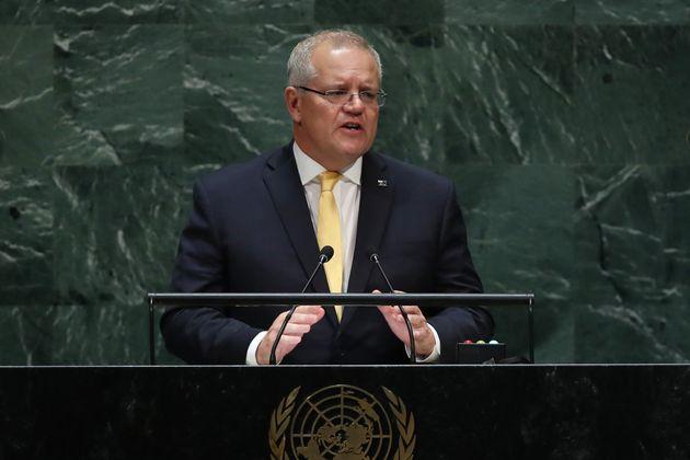 Scott Morrison le Premier ministre australien a défendu l'industrie charbonnière après...