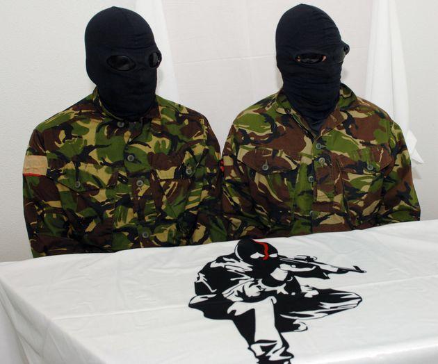 Deux membres du FLNC lors d'une conférence de presse en