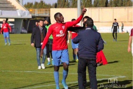 El futbolista Younousse Diop, tras los