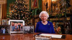 Dans son allocution de Noël, Elizabeth II reconnaît une année