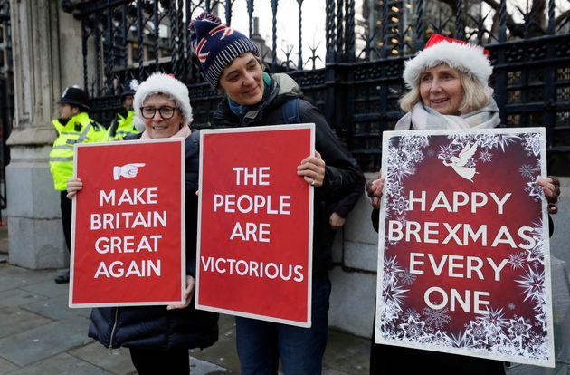 Η ΕΕ θέτει τρεις στόχους για μια συμφωνία για τη μετά Brexit