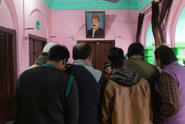 Nagina Nagar Palika's Chairman, Khalil ur Rehman, saidthe police arrested at least 100 men and children in Nagina as part of BJP government's violent crackdown on demonstrations against CAA on 20 December, 2019.