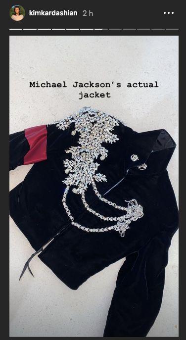 Pour Noël, North West a reçu une veste de Michael