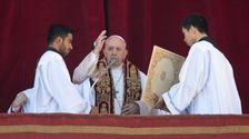ローマ法王のクリスマスの日のメッセージには、希望に対闇