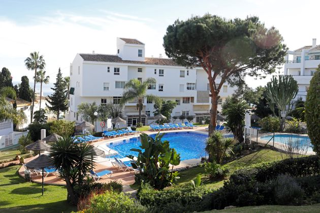 British Father And Two Children Who Drowned In Costa Del Sol Pool Accident Named