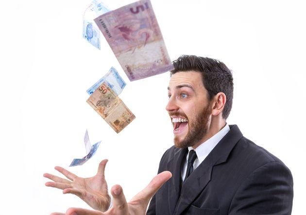 Vencedores da Mega da Virada podem receber até R$ 300