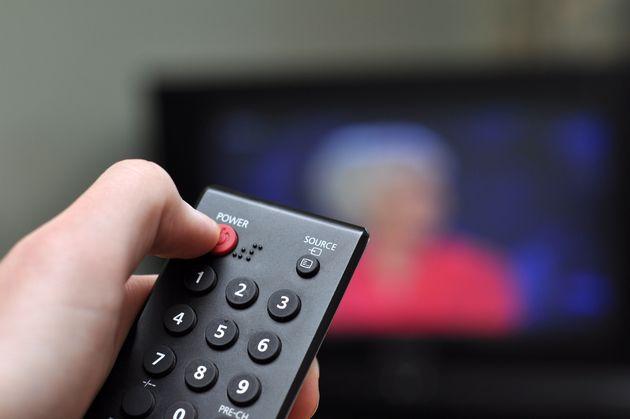 El consumo televisivo por espectador desciende en 2019 a los niveles de
