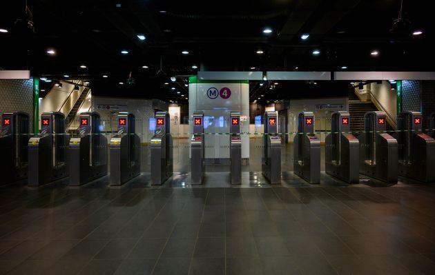 5 lignes de métro toujours fermées vendredi à Paris, amélioration sur le