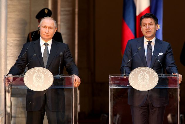 ROME ITALY JULY 4:Russian President Vladimir Putin (L) and Italian Prime Minister Giuseppe Conte (R )attend...