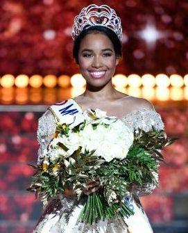 Une plainte déposée après des insultes racistes contre Miss France sur les réseaux