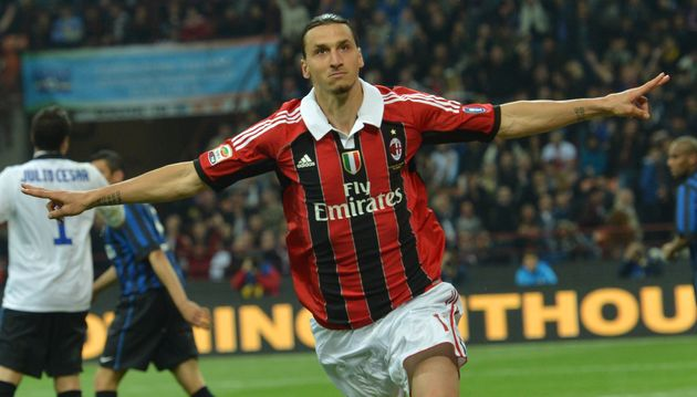 Zlatan Ibrahimovic dans les couleurs de l'AC Milan le 6 mai 2012 contre l'Inter Milan au stade San