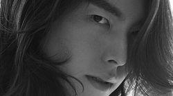 김우빈이 복귀 앞두고 공개한 흑백 화보 (사진