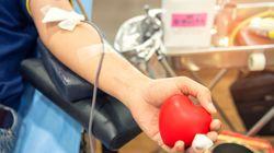 La réduction de la période d'abstinence des homosexuels pour le don du sang repoussée à