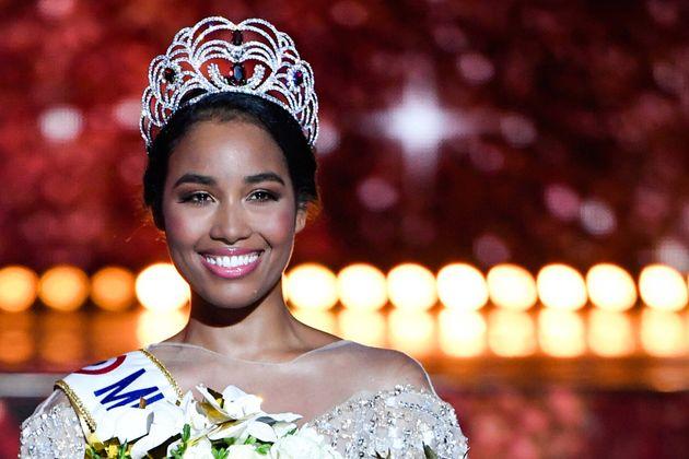 Μήνυση από οργάνωση για τα ρατσιστικά σχόλια σε βάρος της Μις Γαλλία 2020 στα social