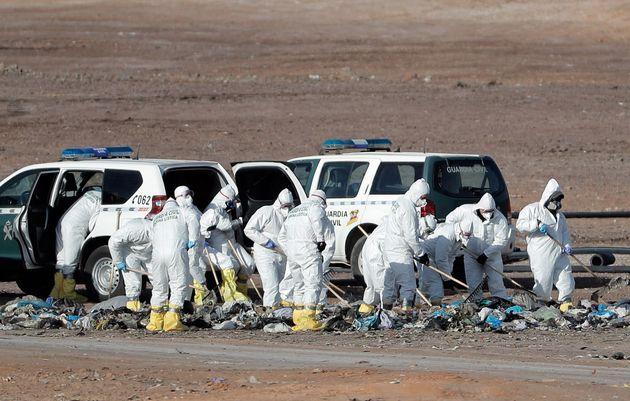 La Guardia Civil continúa la búsqueda del cuerpo de la joven Marta