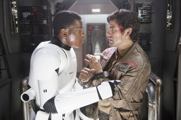 Star Wars Oscar Isaac Blames Disney Overlords For Lack Of Romance Between Poe And Finn