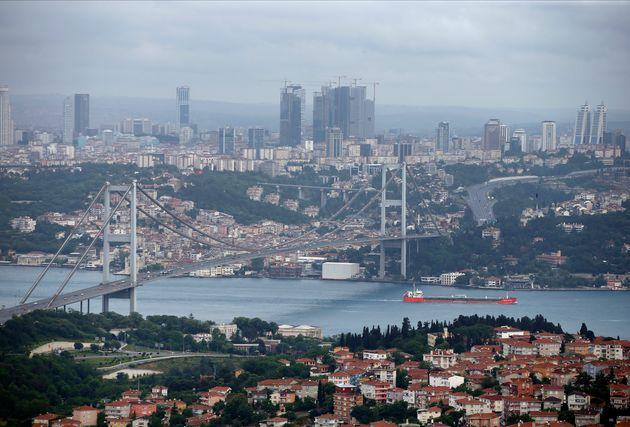 Η γέφυρα του Βοσπόρου...