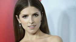 Hockey Player Flirts With Anna Kendrick, And The Twitter Replies Are