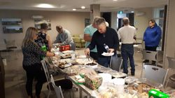 Newfoundland Town Hosts Christmas Potluck For Stranded