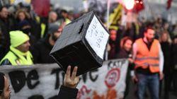 La France insoumise propose aux députés d'opposition de faire une cagnotte pour les