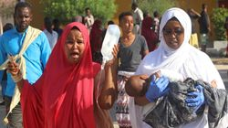 Autobomba a Mogadiscio, circa cento morti, anche